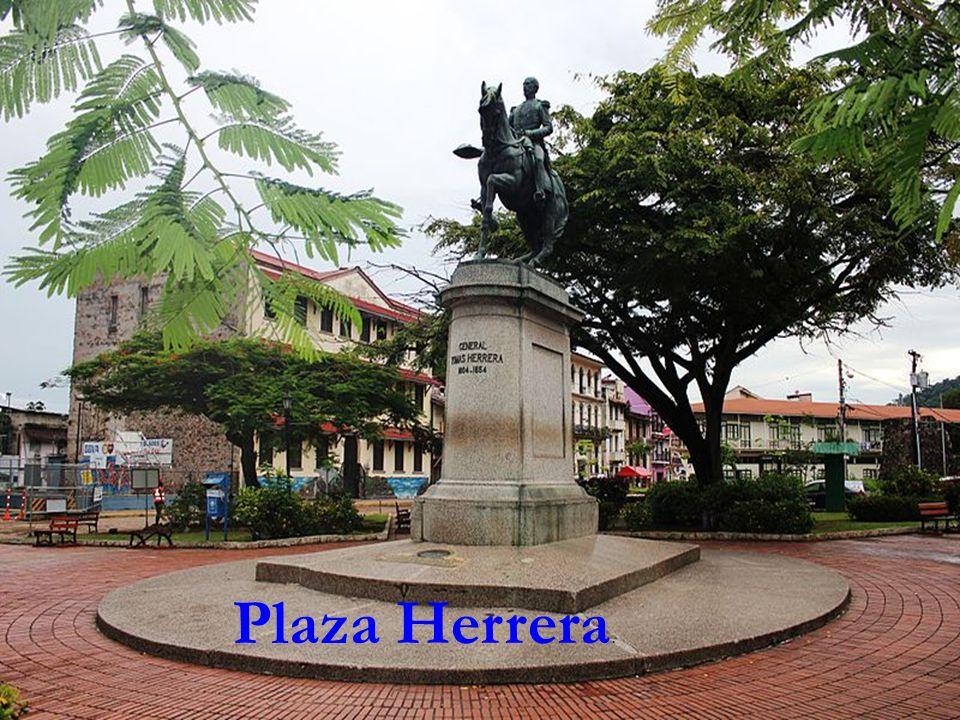 Plaza Herrera.