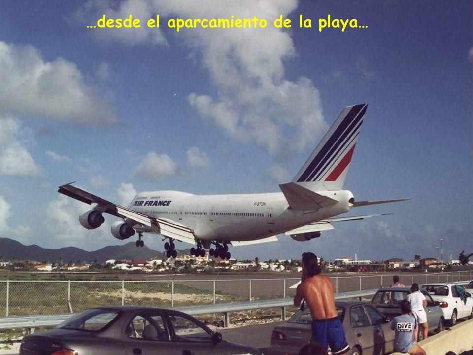 …desde el aparcamiento de la playa…