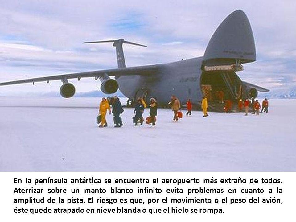 En la península antártica se encuentra el aeropuerto más extraño de todos.