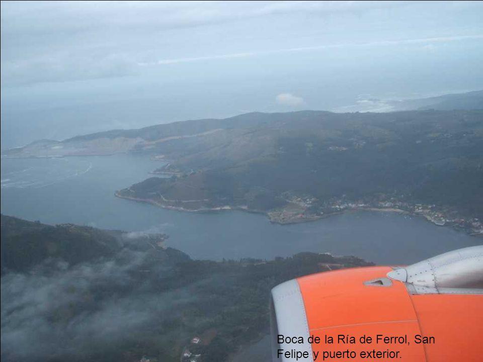 Boca de la Ría de Ferrol, San Felipe y puerto exterior.