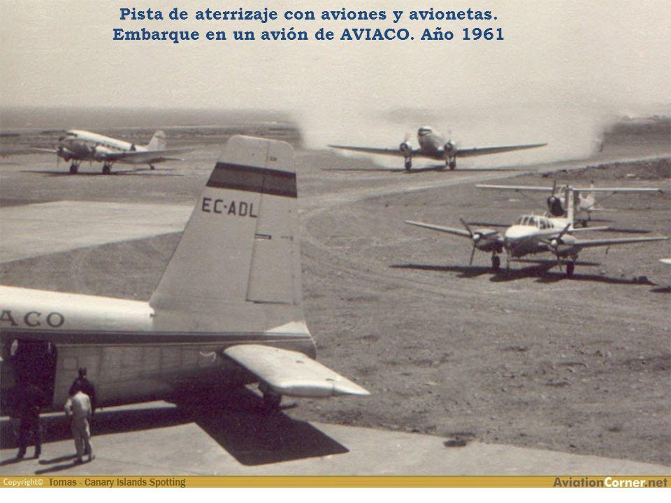 Pista de aterrizaje con aviones y avionetas