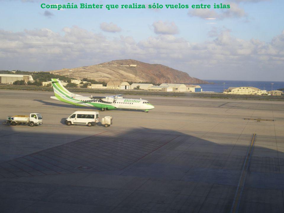 Compañía Binter que realiza sólo vuelos entre islas