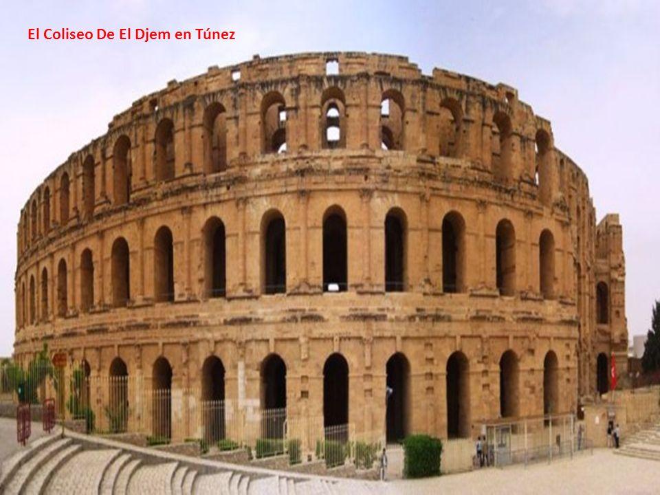 El Coliseo De El Djem en Túnez