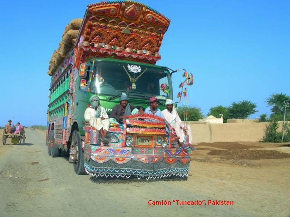 Camión Tuneado . Pakistan