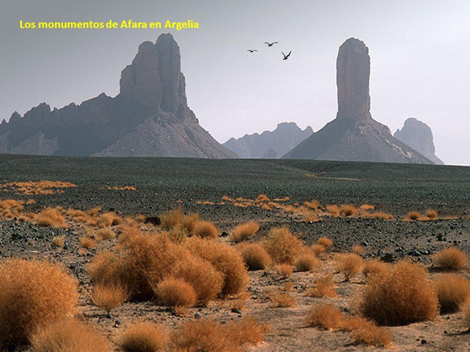 Los monumentos de Afara en Argelia