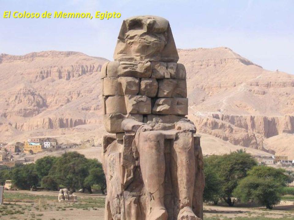 El Coloso de Memnon, Egipto