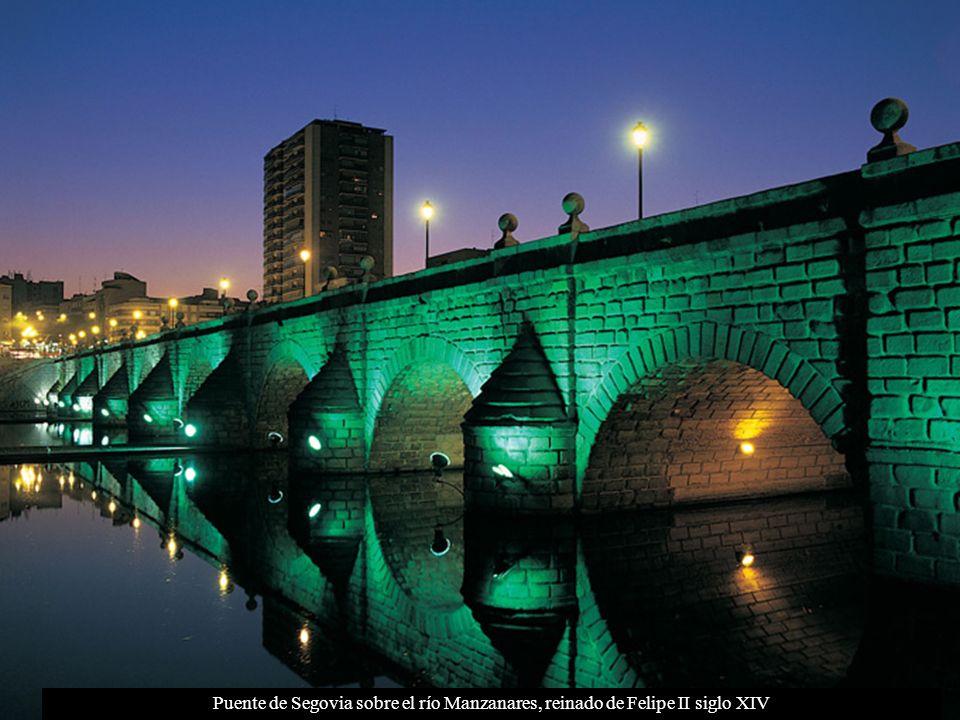 Puente de Segovia sobre el río Manzanares, reinado de Felipe II siglo XIV