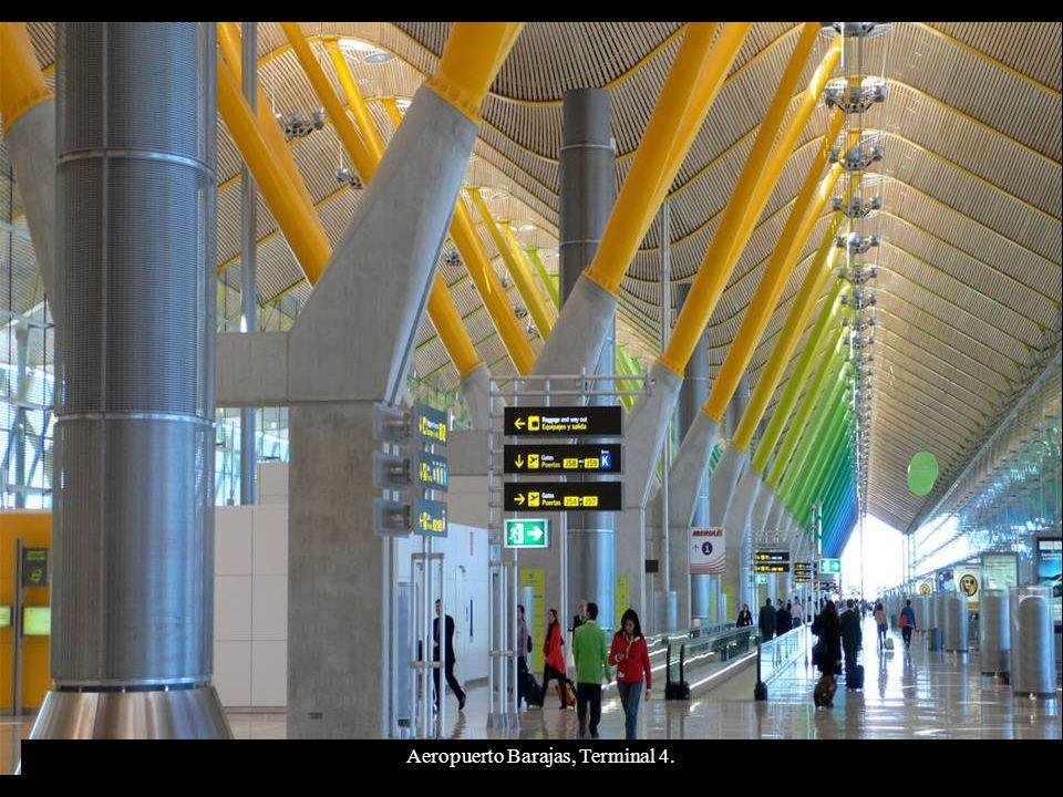 Aeropuerto Barajas, Terminal 4.