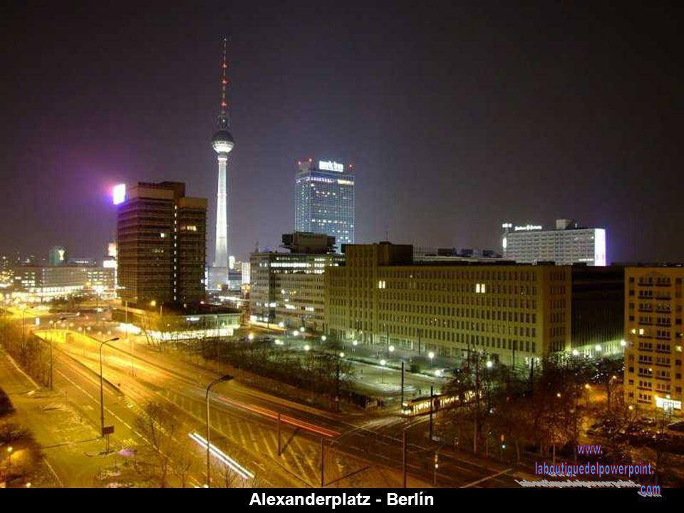 Alexanderplatz - Berlín