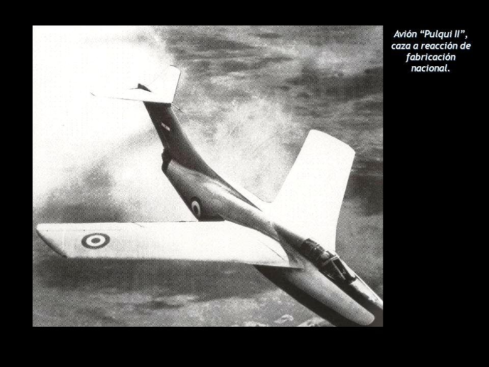 Avión Pulqui II , caza a reacción de fabricación nacional.
