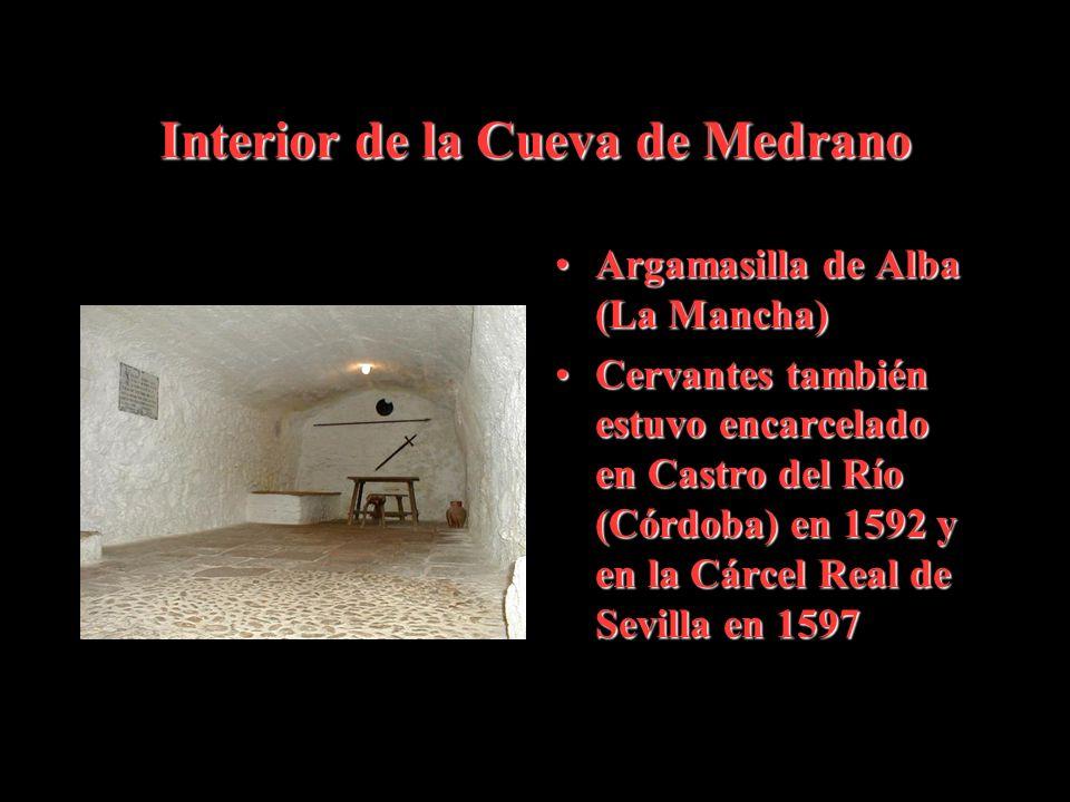 Interior de la Cueva de Medrano