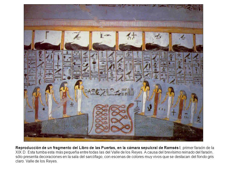 Reproducción de un fragmento del Libro de las Puertas, en la cámara sepulcral de Ramsés I, primer faraón de la XIX D.