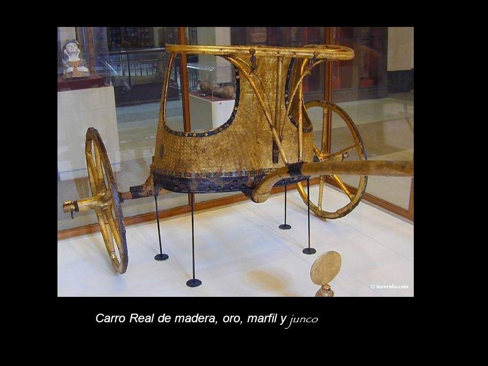 Carro Real de madera, oro, marfil y junco