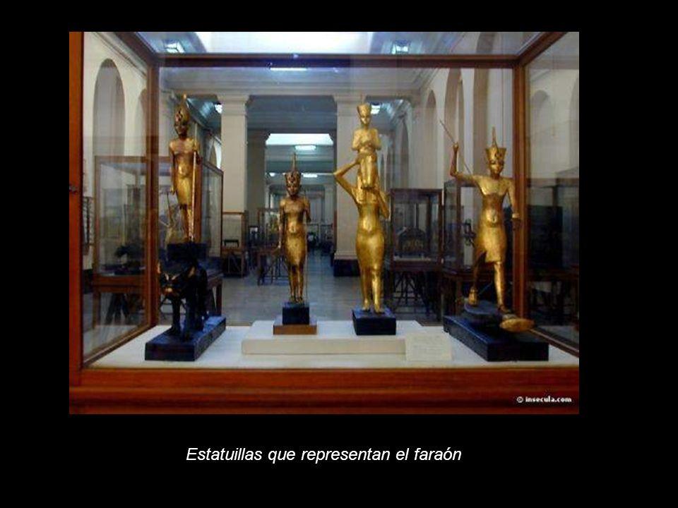 Estatuillas que representan el faraón
