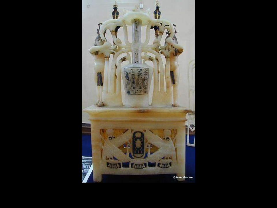 Quemador de perfume. Alabastro con incrustaciones de oro y marfil.