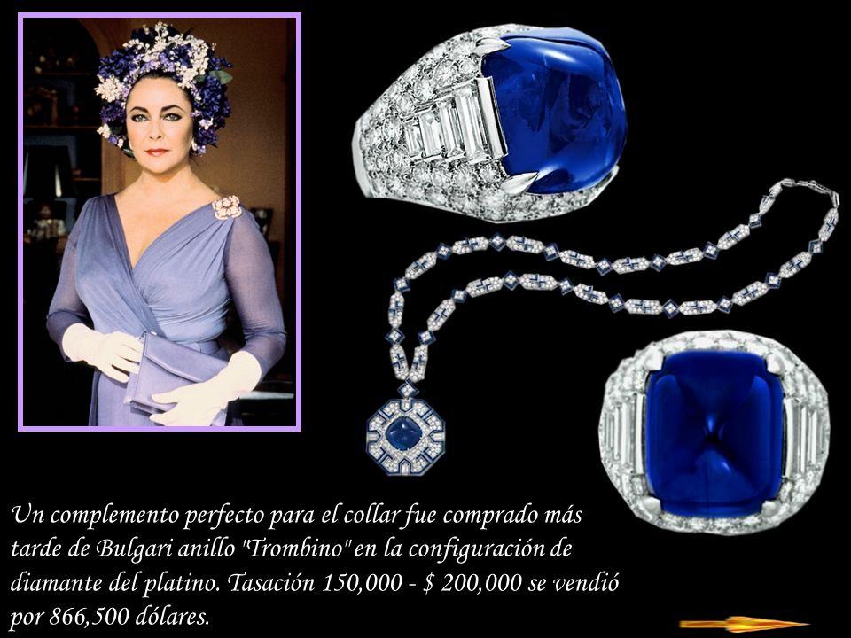 Un complemento perfecto para el collar fue comprado más tarde de Bulgari anillo Trombino en la configuración de diamante del platino.