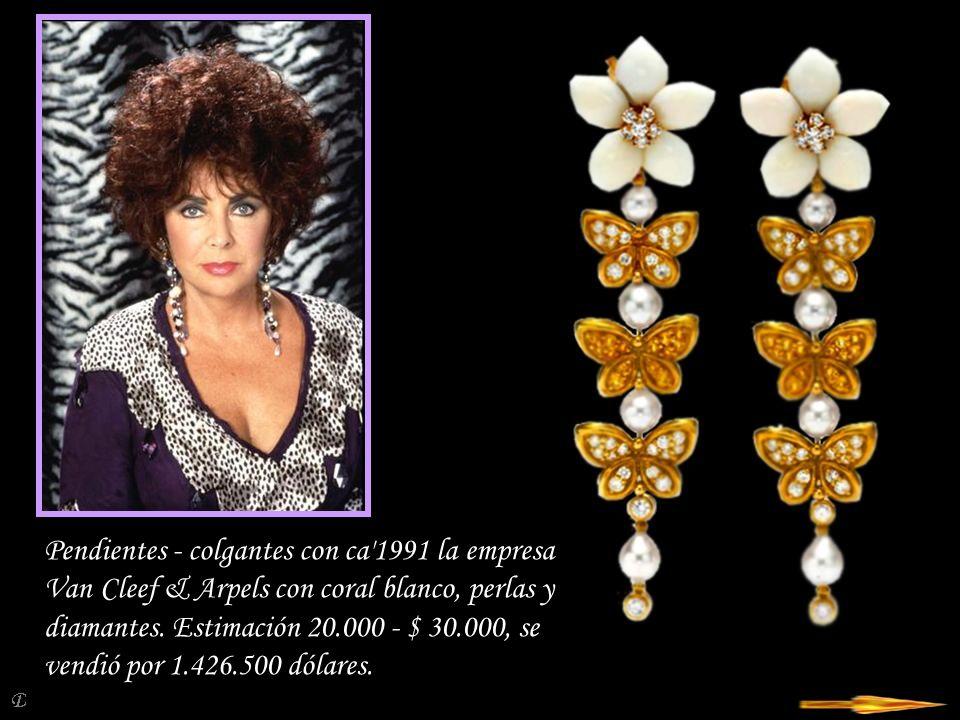 Pendientes - colgantes con ca 1991 la empresa Van Cleef & Arpels con coral blanco, perlas y diamantes.