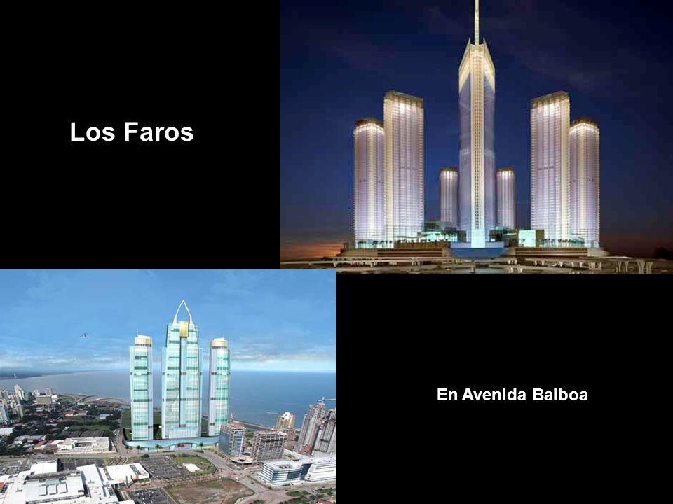 Los Faros En Avenida Balboa