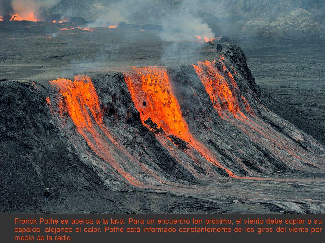 Franck Pothé se acerca a la lava