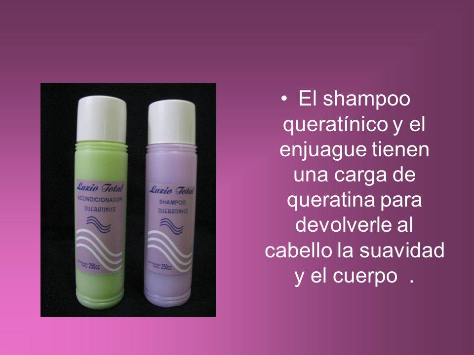El shampoo queratínico y el enjuague tienen una carga de queratina para devolverle al cabello la suavidad y el cuerpo .