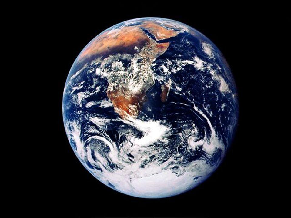 Contacto con la Nasa. A través del contacto cada astronauta hablaba sobre la belleza, el esplendor, la majestad, la paz, y la serenidad de la tierra. Así parecía desde la nave espacial.