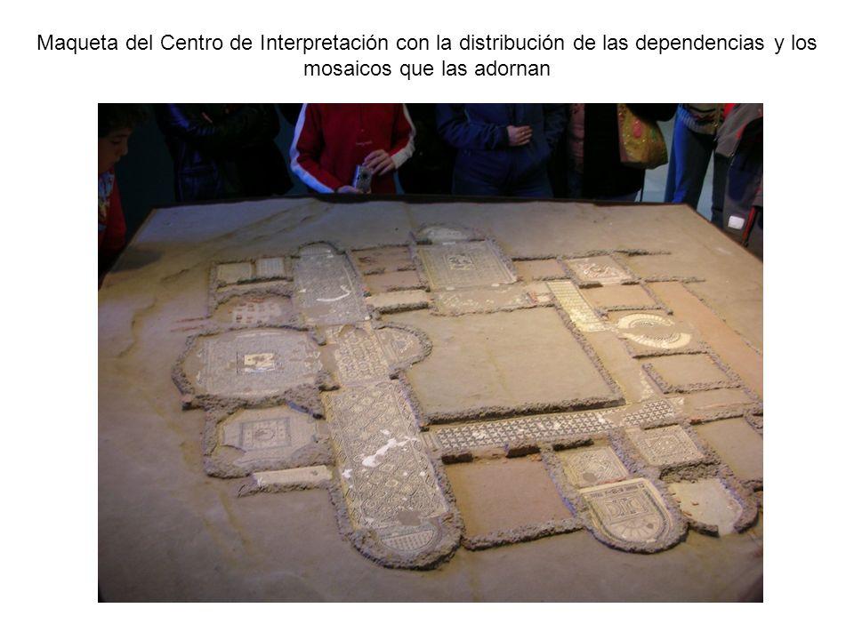Maqueta del Centro de Interpretación con la distribución de las dependencias y los mosaicos que las adornan