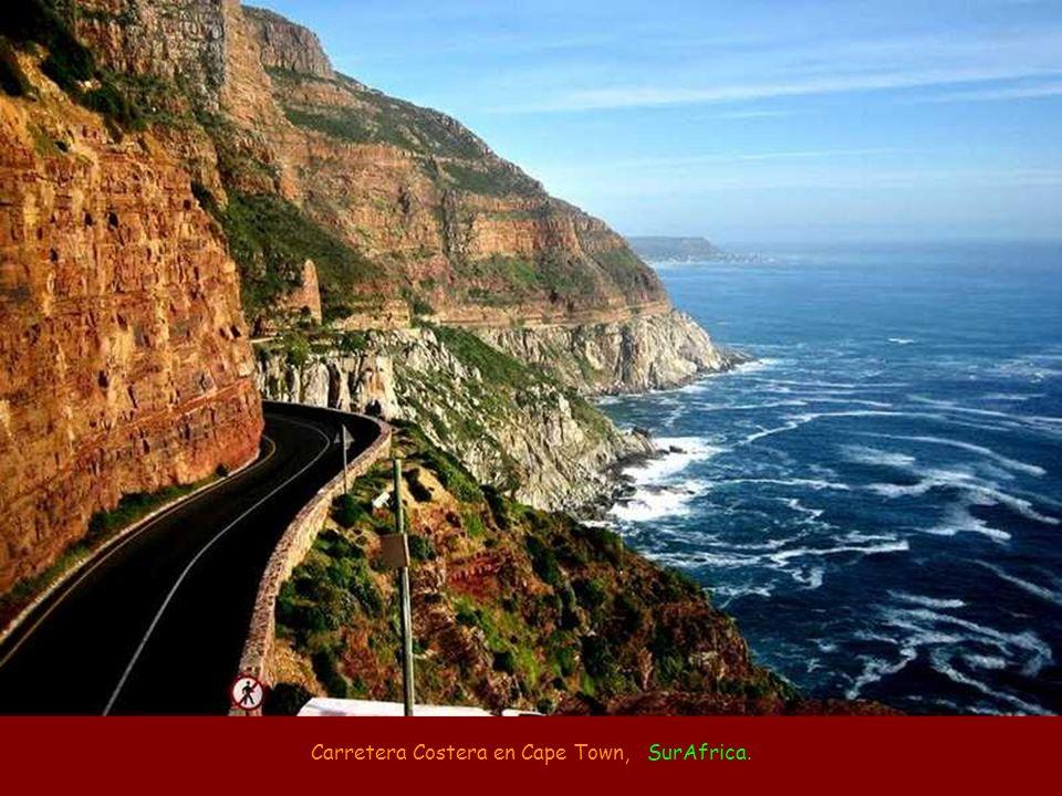 Carretera Costera en Cape Town, SurAfrica.