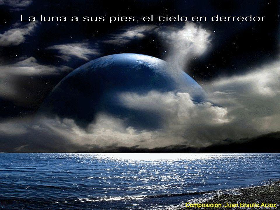 La luna a sus pies, el cielo en derredor