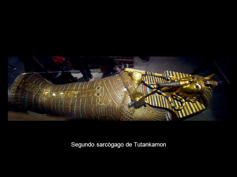 Segundo sarcógago de Tutankamon