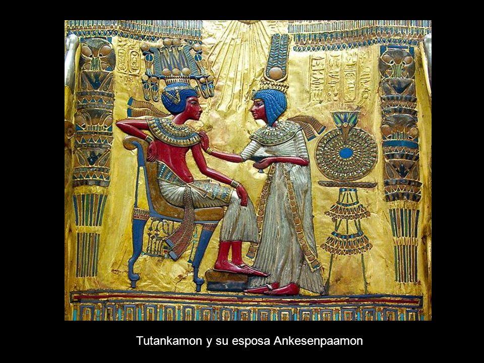 Tutankamon y su esposa Ankesenpaamon