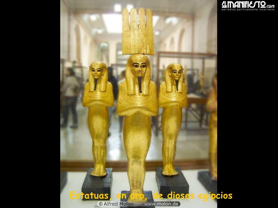 Estatuas, en oro, de dioses egipcios