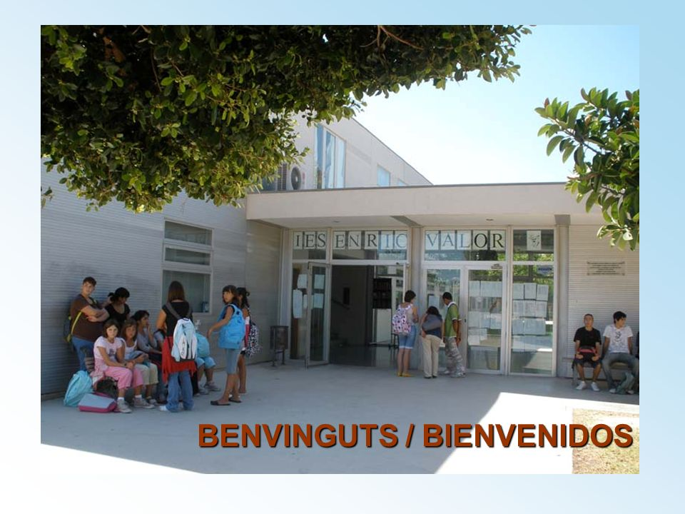 BENVINGUTS / BIENVENIDOS