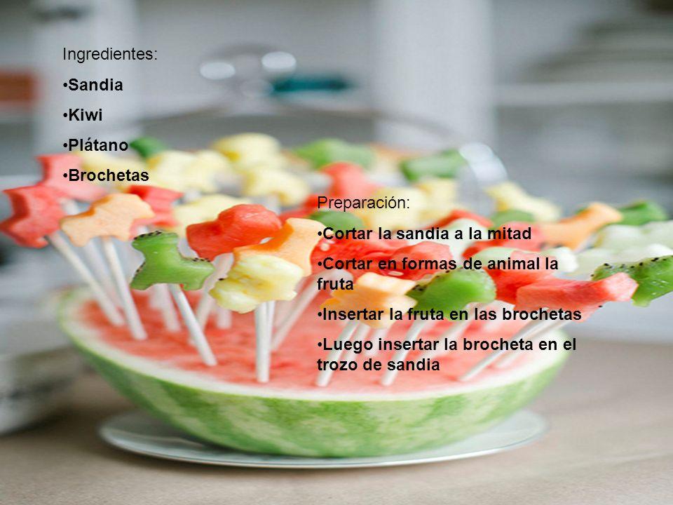 Ingredientes: Sandia. Kiwi. Plátano. Brochetas. Preparación: Cortar la sandia a la mitad. Cortar en formas de animal la fruta.