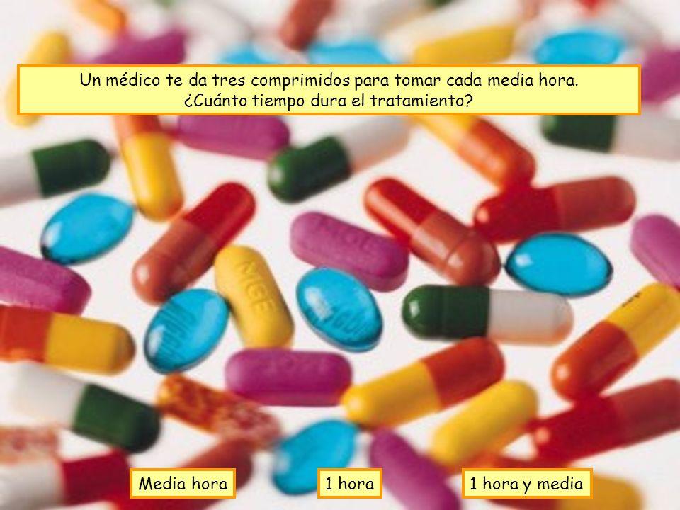 Un médico te da tres comprimidos para tomar cada media hora.