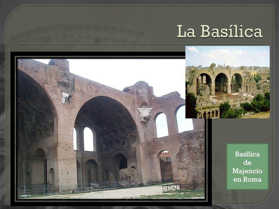 La Basílica Basílica de Majencio en Roma