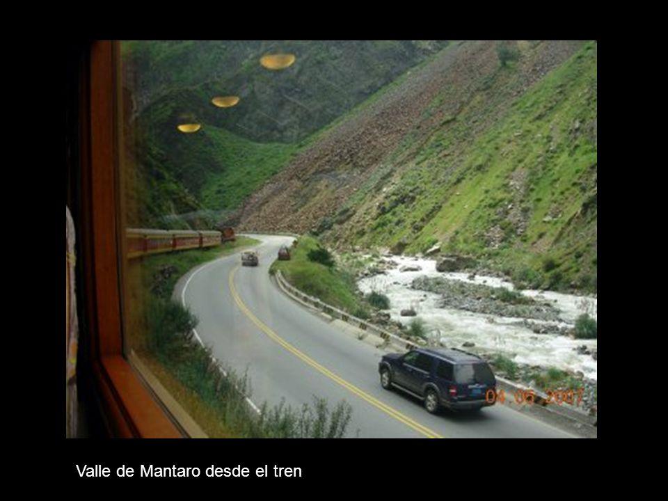 Valle de Mantaro desde el tren