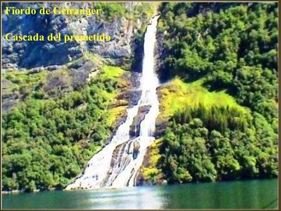 Fiordo de Geiranger Cascada del prometido