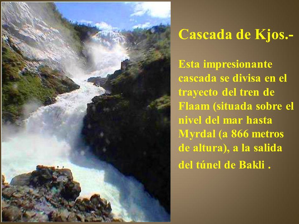 Cascada de Kjos.-