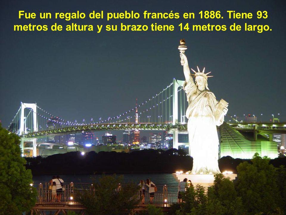 Fue un regalo del pueblo francés en 1886
