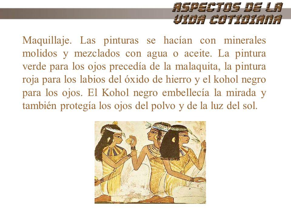 Maquillaje. Las pinturas se hacían con minerales molidos y mezclados con agua o aceite.