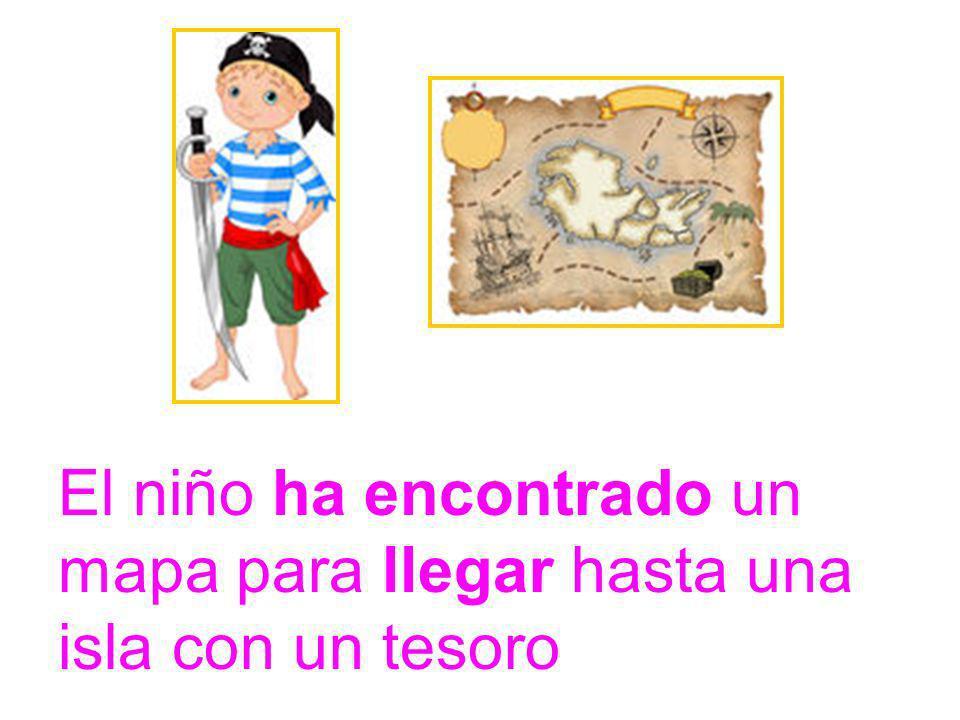 El niño ha encontrado un mapa para llegar hasta una isla con un tesoro