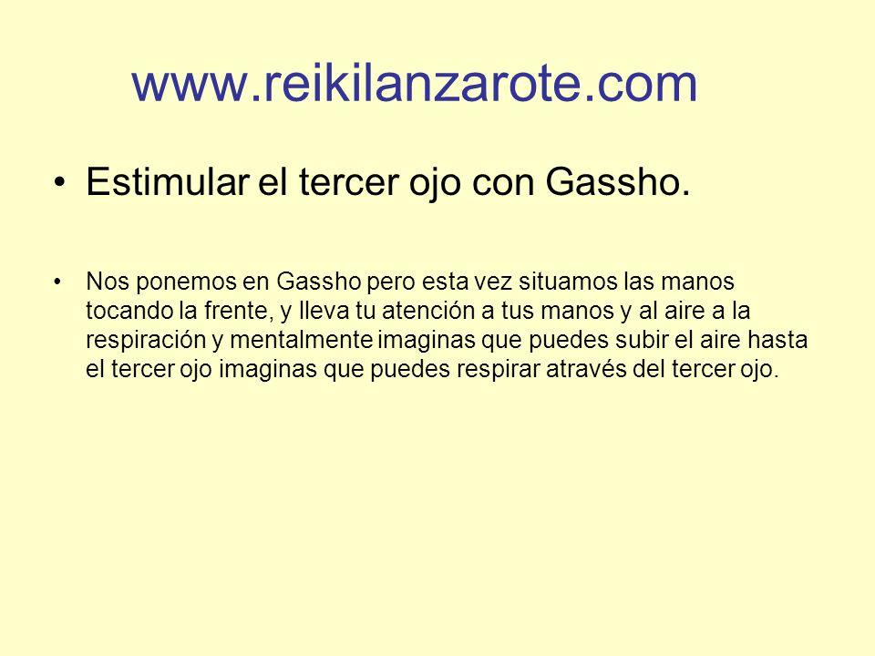 www.reikilanzarote.com Estimular el tercer ojo con Gassho.