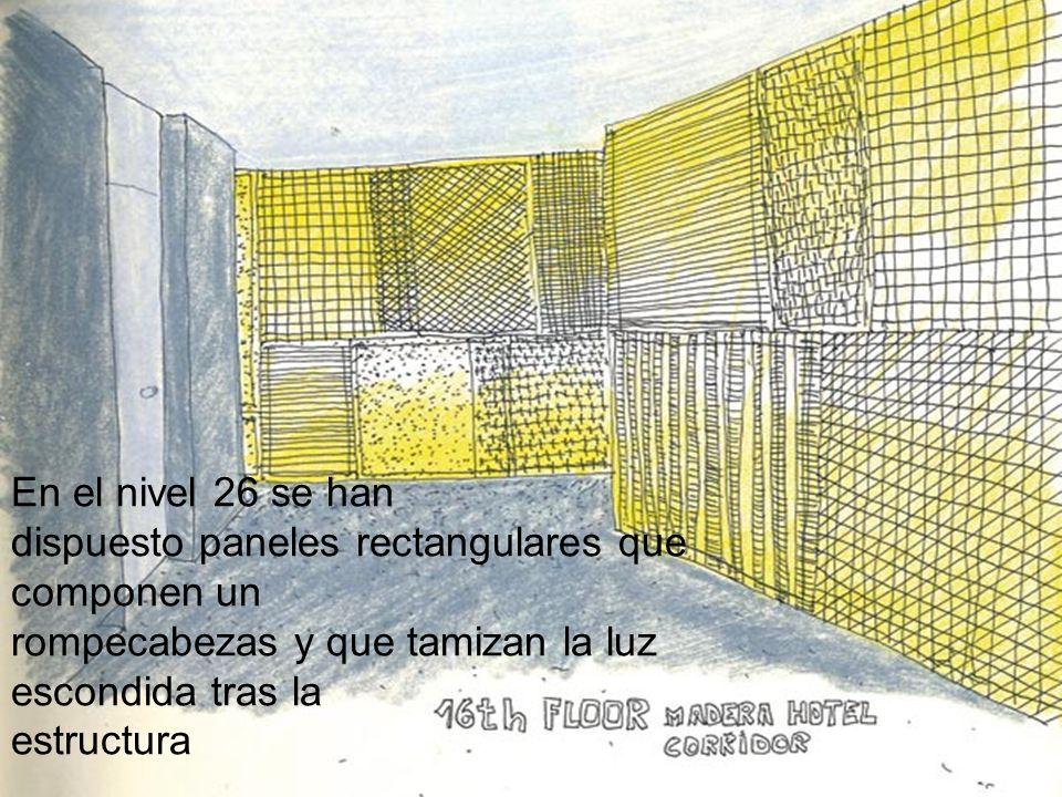 En el nivel 26 se han dispuesto paneles rectangulares que componen un rompecabezas y que tamizan la luz escondida tras la estructura