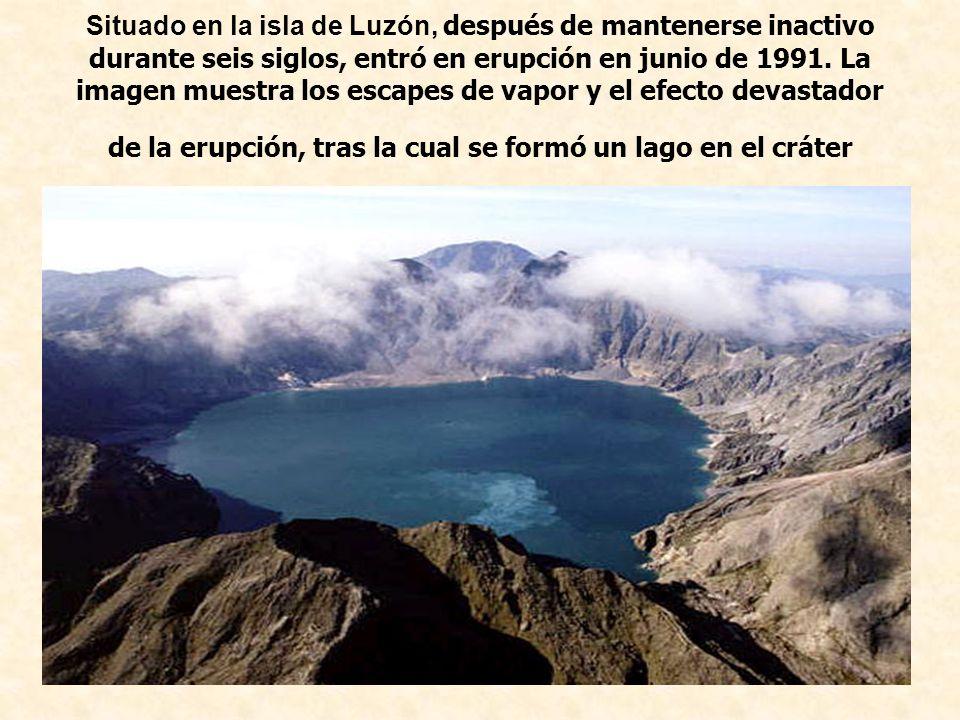 Situado en la isla de Luzón, después de mantenerse inactivo durante seis siglos, entró en erupción en junio de 1991.