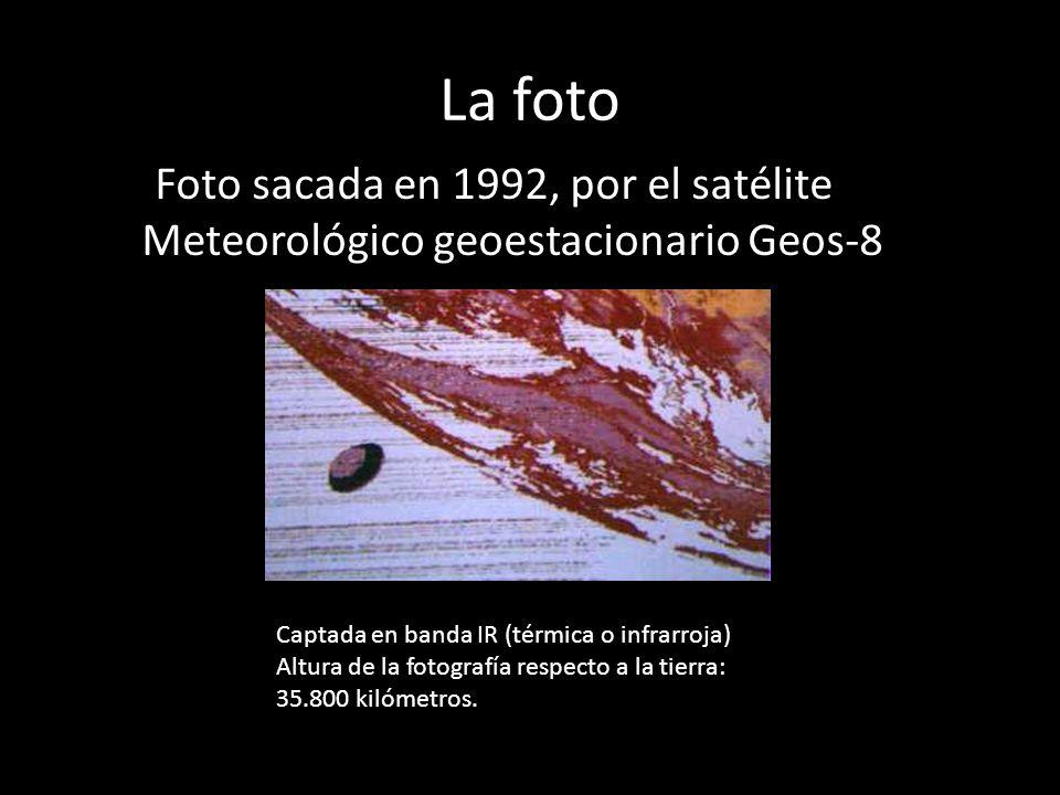 La fotoFoto sacada en 1992, por el satélite Meteorológico geoestacionario Geos-8. Captada en banda IR (térmica o infrarroja)