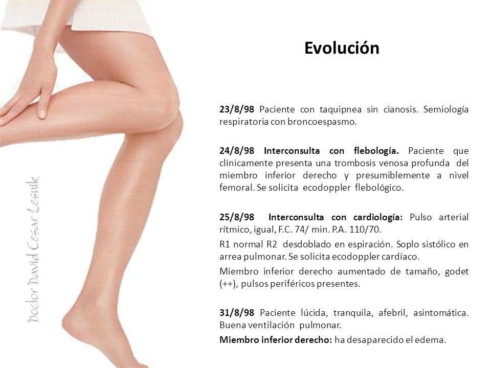 Evolución 23/8/98 Paciente con taquipnea sin cianosis. Semiología respiratoria con broncoespasmo.