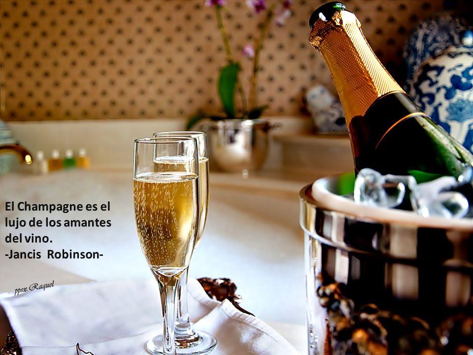 El Champagne es el lujo de los amantes del vino.