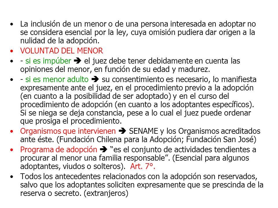 La inclusión de un menor o de una persona interesada en adoptar no se considera esencial por la ley, cuya omisión pudiera dar origen a la nulidad de la adopción.