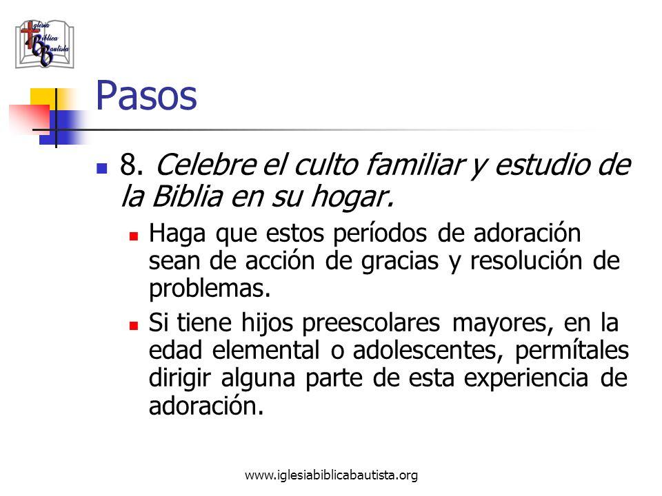 Pasos 8. Celebre el culto familiar y estudio de la Biblia en su hogar.