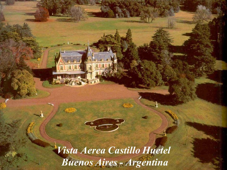 Vista Aerea Castillo Huetel Buenos Aires - Argentina